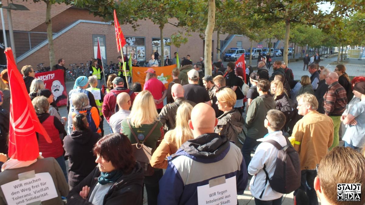 Netzwerk-gegen-Rechts Demo-gegen-Hass-und-Hetze 2018-10-06 010