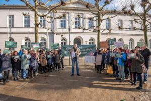 2019-12-12 Uebergabe-Hoecke-Petition-Wiesbaden by Philip-Eichler@Campact 011